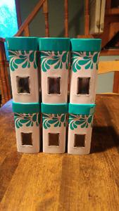 Steeped tea tins and teas