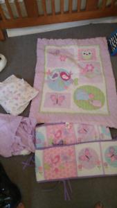 Baby girl bedding set