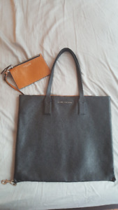 BRAND NEW MARC JACOBS WINGMAN LEATHER TOTE $300