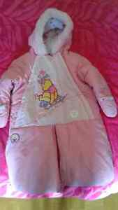 Snow suit 0-9m. Like new!