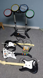 XBOX 360 - Guitar Hero 3 with drums and 3 guitars