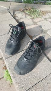 Safety shoe - steel toe men's size 10