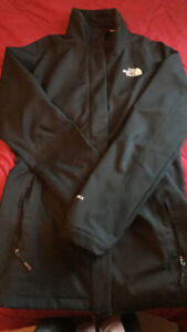 Woman's north face jacket size lg