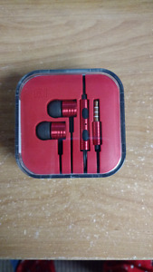 BNIB Xiaomi In-Ear Headset Earphones with Mic and Volume Control