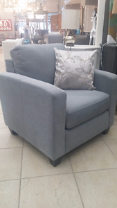 (New) Grey fabric chair (New)