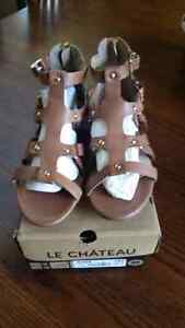 Gladiator Sandals - Tan Leather - Le Chateau - Never Worn
