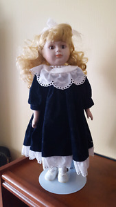 For sale: very pretty porcelain dolly