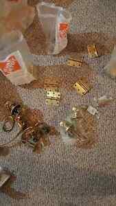 Door handles/door knobs/hinges/door stoppers