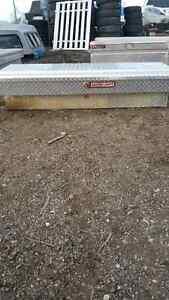 Truck bed Tool Box Regina Regina Area image 2