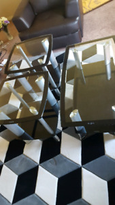 Coffe table and 2 end table brand new