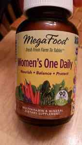 Mega food women 1 daily whole food vitamins London Ontario image 3