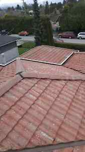 Roof De Moss...Roof Cleaning...Guttters...Windows...Power Wash.. North Shore Greater Vancouver Area image 6