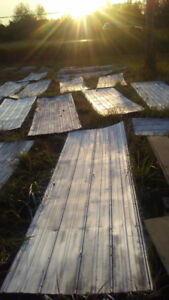 GOOD CONDITION METAL ROOFING