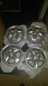Set of 4x114.3 alloy wheel