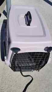 Dog Carrier Like New Condition  For kennel for small dogs or cat
