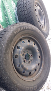 2 X Cooper Weather Master Winter Tires 235/65/R16