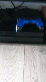 Ps4 500gb & 1 controller