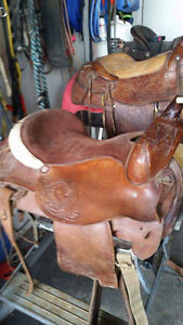 15 hand made saddles  wide quilets 7 to 9 inch
