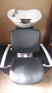 Brand new shampoo sink and chair