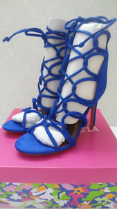 Soulier taille 6.5 /couleur bleu