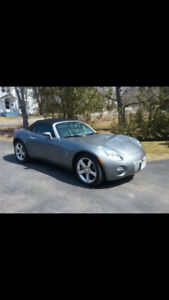 2006 Pontiac Solistice Convertible, very low kms!!!