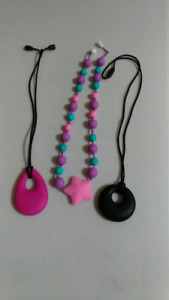 3 Anxiety Teether Necklaces for Mama/Child