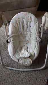 Baby Swing in Excellent Condition London Ontario image 1