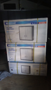 3 Wall cabinets