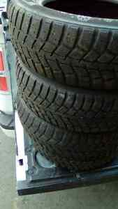 175 65 14 4 tires hiver mike 438 274 1733 merci
