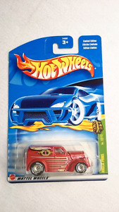 HOT WHEELS TREASURE HUNT ANGLIA PANEL TRUCK FORD REAL RIDERS