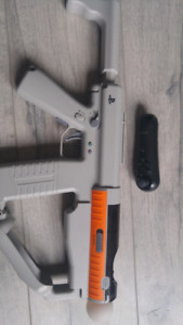 PS Move gun and controllers