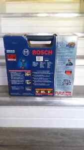 BRAND NEW* BOSCH 25618-01 18 V Impact Driver with 2 FatPack Bat Peterborough Peterborough Area image 2