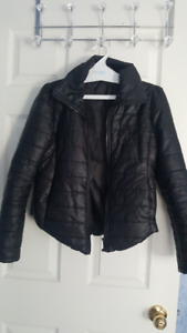 WOMAN CLOTHING SIZE SMALL