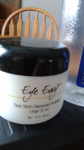 tear stain cleaner and eye envy