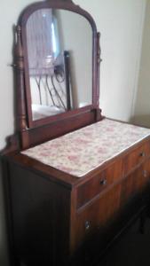 Antique 4 Drawer Dresser with Mirror