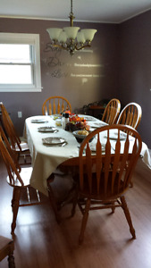 SOLID OAK DINING ROOM  SET -750.00 or best offer!