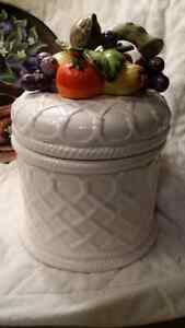 Cookie jar and ceramic plate Cambridge Kitchener Area image 2