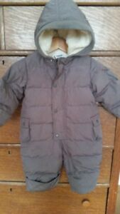 Boy or Girl Taupe Baby Gap Down Filled Snowsuit Bunting  3-6mths
