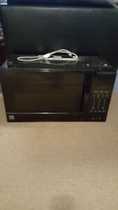 Kenmore Elite convection microwave