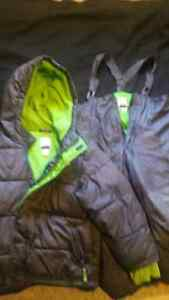 Boys snow suit size 4/5