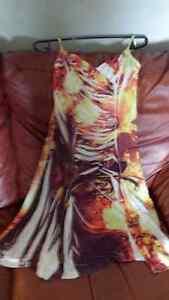 Jolie robe d'été neuve en tissus extensible infroissable Québec City Québec image 1