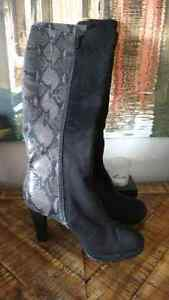 3 PR BOOTS SZ 7 ALL IN NEW LOOKING SHAPE!