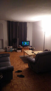 WOOW 338$/MONTHS! ROOMATE WANTED IN GATINEAU for JUNE 30th
