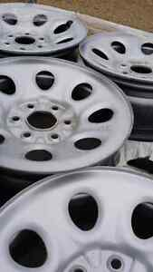 Gmc steel wheels 6x139.7 perfect for winter