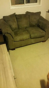 Sofa and loveseat in excellent condition London Ontario image 2