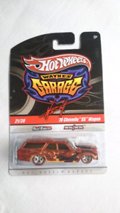 HOT WHEELS WAYNE'S GARAGE 70 CHEVELLE SS WAGON REDLINE DIECAST