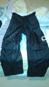 FOX NOMAD RIDING PANTS/SHORTS SIZE 30