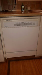KENMORE DISHWASHER - White