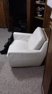 3 Couches/Futon Set for Sale! Dont Miss