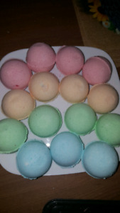 Taking orders for bath bombs